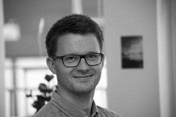 Lars Dalsgaard Adolfsen : Journalist, Building Supply