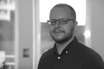 Lars H. Nielsen : Senior Software Engineer