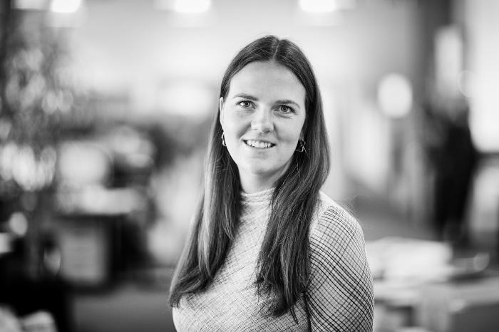 Stephanie Kjær : Journalist, Licitationen