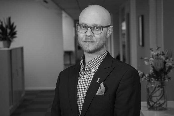 Claes Holmström : Mediechef, Fri Köpenskap